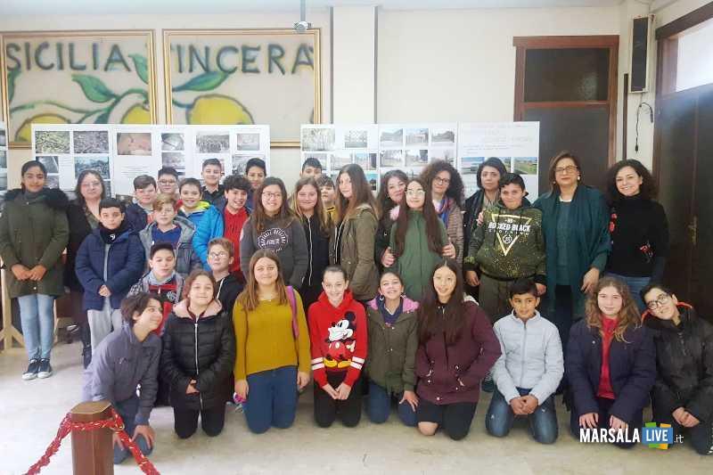 1 alunni scuola media visita mostra Shoah_31.01.2020