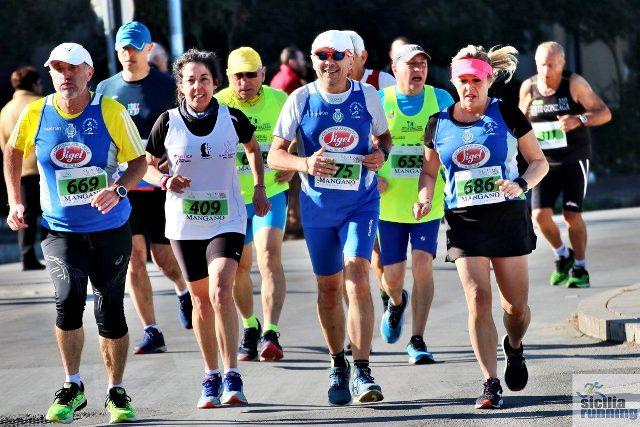 - Atl. - Ciccio Laudicina, Salvatore Panico e Isabella Valenti alla maratonina di Sant'Agata di Militello