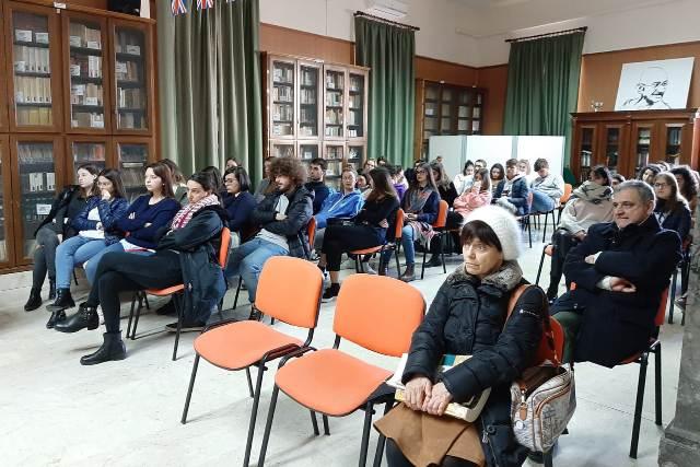 Liceo Classico Giovanni XXIII Marsala, cyberbullismo contro le violenze (2)