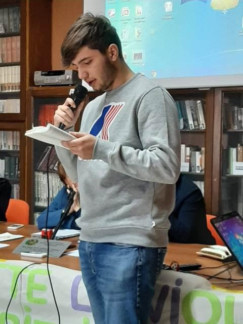 Liceo Classico Giovanni XXIII Marsala, cyberbullismo contro le violenze (7)