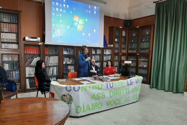 Liceo Classico Giovanni XXIII Marsala, cyberbullismo contro le violenze (9)