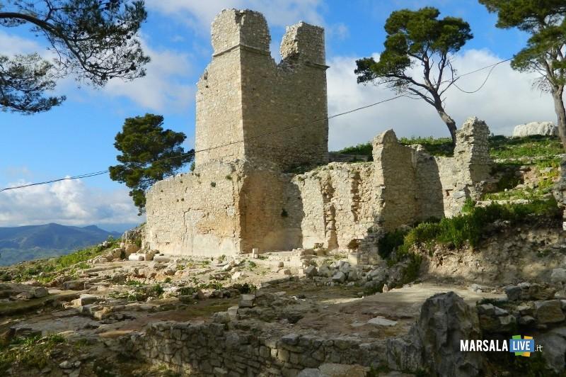 Wwf, sentiero geologico Rocca di Sciara e Terravecchia (1)