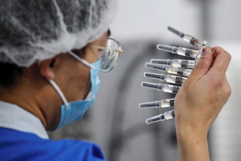 Covid, Biontech e Pfizer: chiesta l'autorizzazione per commercializzare il vaccino